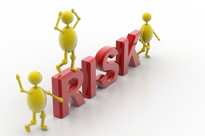 Insurance risk determined by insurance underwriters
